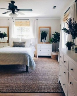 Vintage Farmhouse Bedroom Decor Ideas On A Budget To Try 34