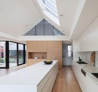 Best Minimalist Interior Decor Ideas To Try 18