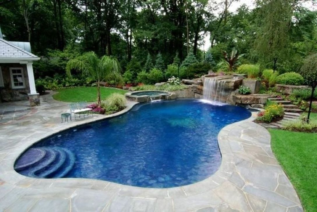 Excellent Small Swimming Pools Ideas For Small Backyards 03