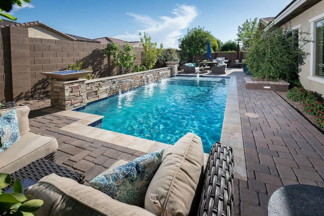 Excellent Small Swimming Pools Ideas For Small Backyards 10