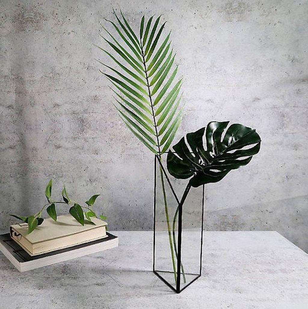 Splendid Tropical Leaf Decor Ideas For Home Design 06