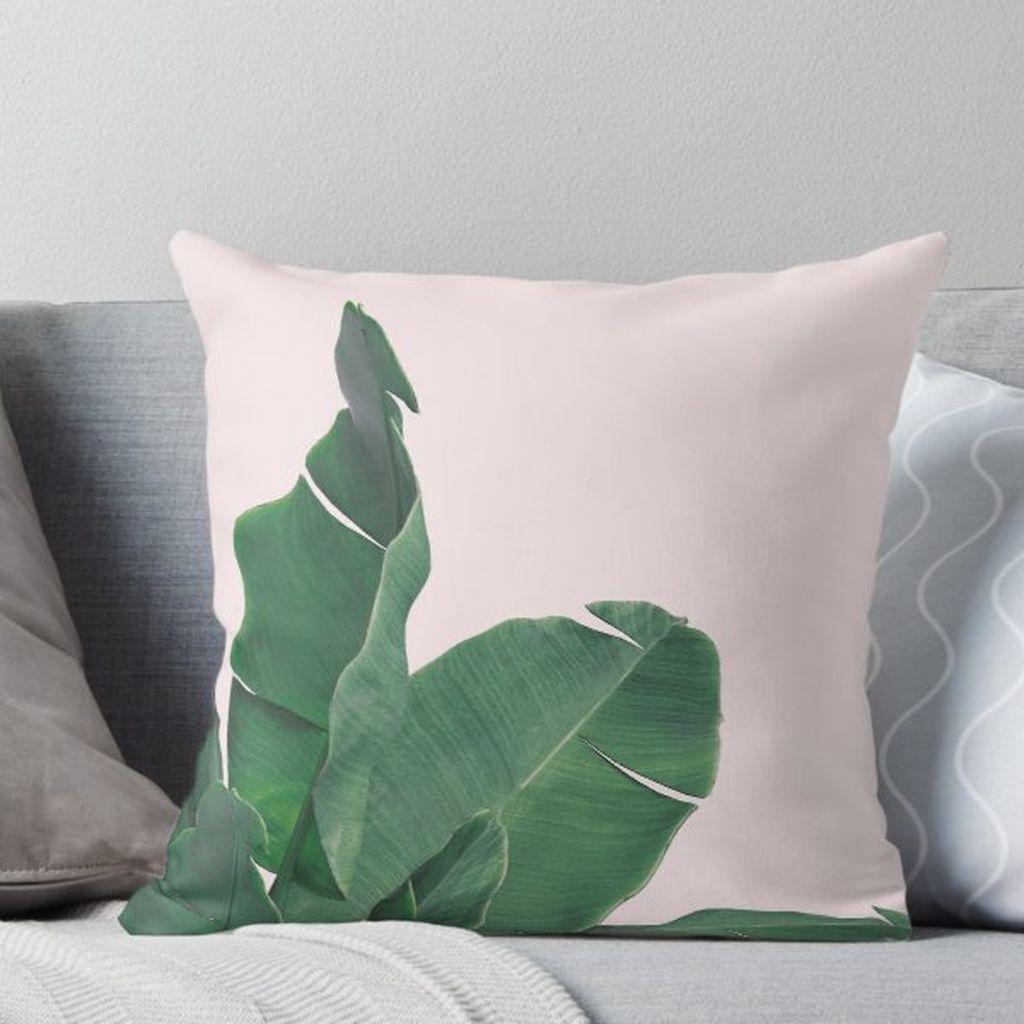 Splendid Tropical Leaf Decor Ideas For Home Design 43