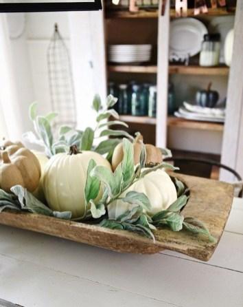 Adorable Fall Farmhouse Dining Room Decor Ideas 14