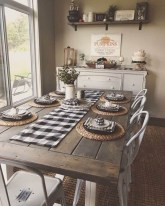 Adorable Fall Farmhouse Dining Room Decor Ideas 33