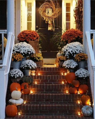 Attractive Fall Decor Ideas For Your Apartment To Try This Year 06