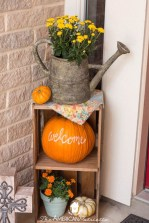 Attractive Fall Decor Ideas For Your Apartment To Try This Year 16