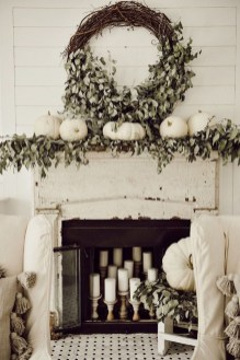 Attractive Fall Decor Ideas For Your Apartment To Try This Year 21