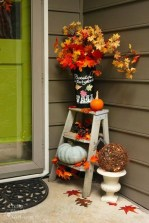 Attractive Fall Decor Ideas For Your Apartment To Try This Year 27