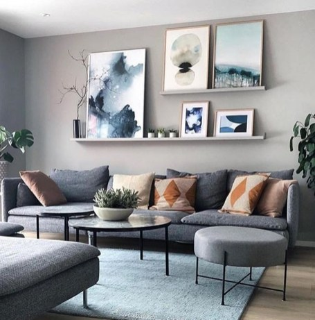 Casual Living Room Wall Decor Ideas That Looks Cool 02