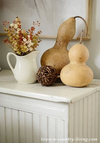 Dreamy Fall Home Tour Décor Ideas To Inspire You 06