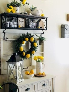 Elegant Summer Farmhouse Decor Ideas For Home 05
