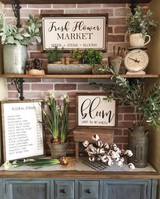 Elegant Summer Farmhouse Decor Ideas For Home 33