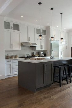 Fancy White Kitchen Cabinets Ideas To Try Asap 31
