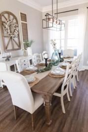 Unusual Traditional Dining Room Design Ideas That Looks Elegant 33