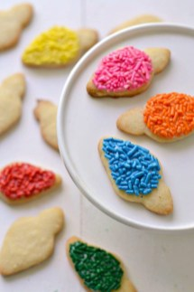 Adorable Diy Christmas Lights Cookies Ideas For Your Décor That Looks Cool04