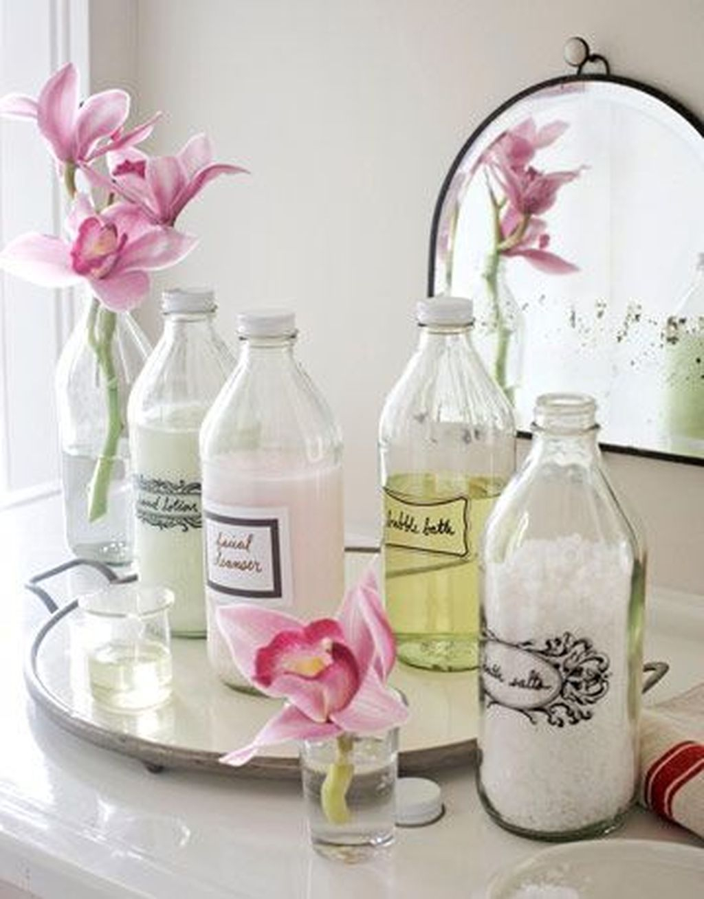 Affordable Diy Organization Bathroom Design Ideas For Bottle And Towel Labels33