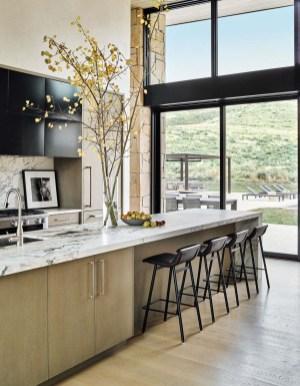 Amazing Home Interior Design Ideas With Resort Theme33