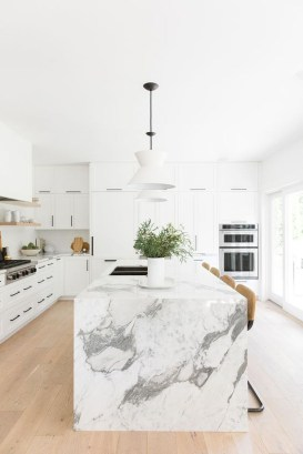 Amazing Scandinavian Kitchen Design Ideas With Island And Cabinets To Try34