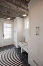 Delightful Mudroom Storage Design Ideas To Have Soon02