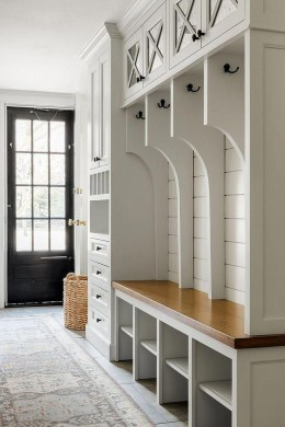 Delightful Mudroom Storage Design Ideas To Have Soon15