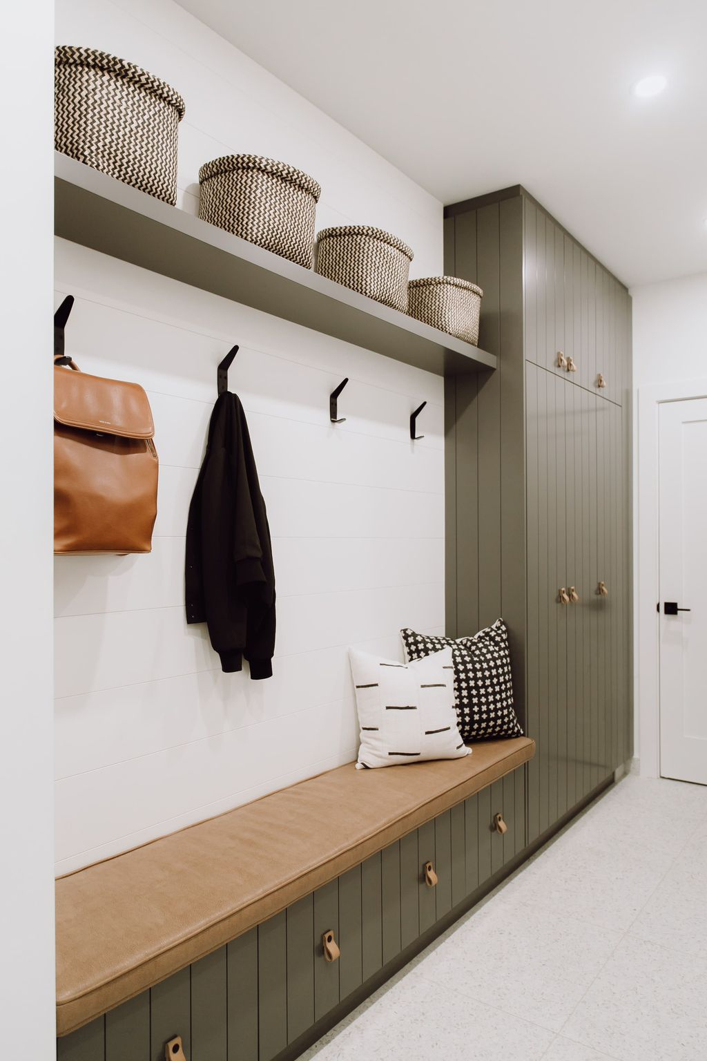 Delightful Mudroom Storage Design Ideas To Have Soon26