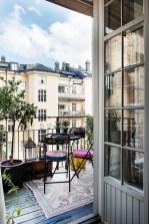 Impressive Fall Apartment Balcony Decorating Ideas To Try04
