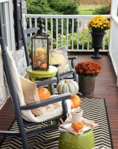 Impressive Fall Apartment Balcony Decorating Ideas To Try32
