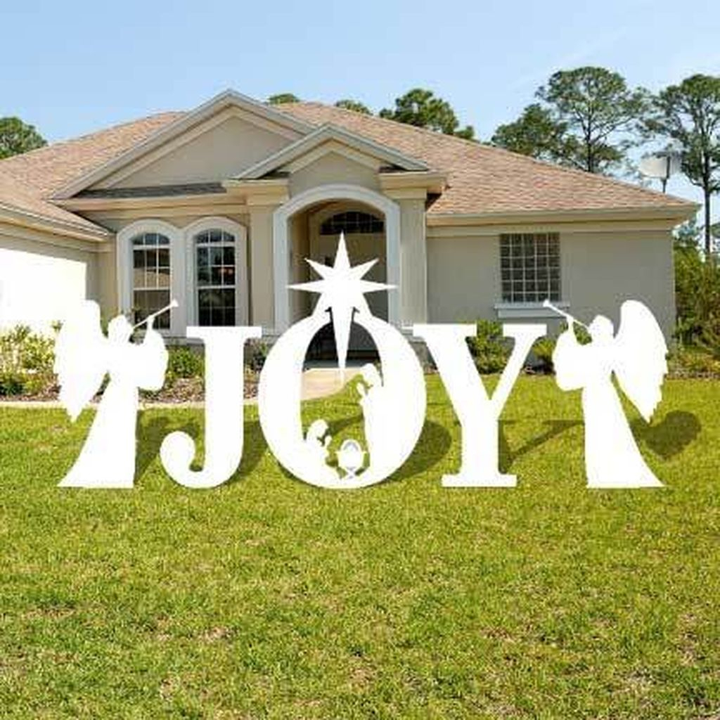 Spectacular Lawn Design Ideas For Christmas This Year To Try Soon24