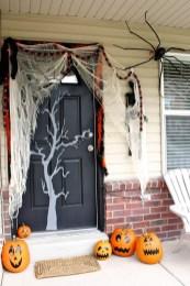 Unique Halloween Porch Ideas On A Budget19