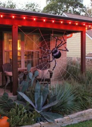 Unique Halloween Porch Ideas On A Budget44
