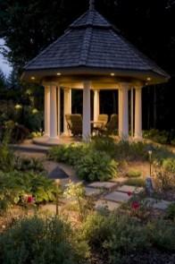 Unusual Lights Design Ideas To Beautify The Garden05