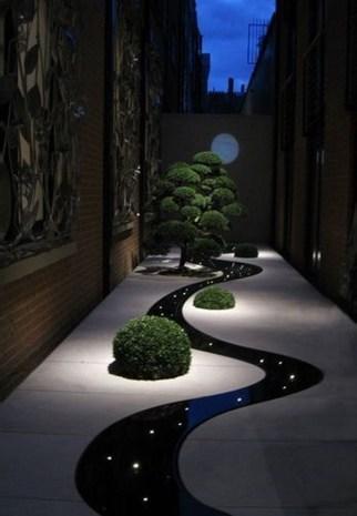 Unusual Lights Design Ideas To Beautify The Garden25