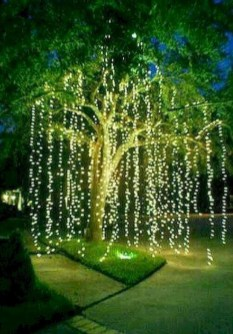 Astonishing Holiday Decorating Ideas With Lights To Try This Season 03