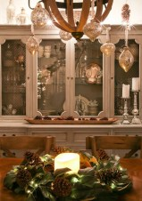 Astonishing Holiday Decorating Ideas With Lights To Try This Season 34