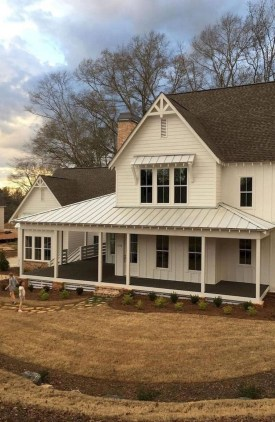Captivating Farmhouse Exterior House Design Ideas To Copy Right Now 07