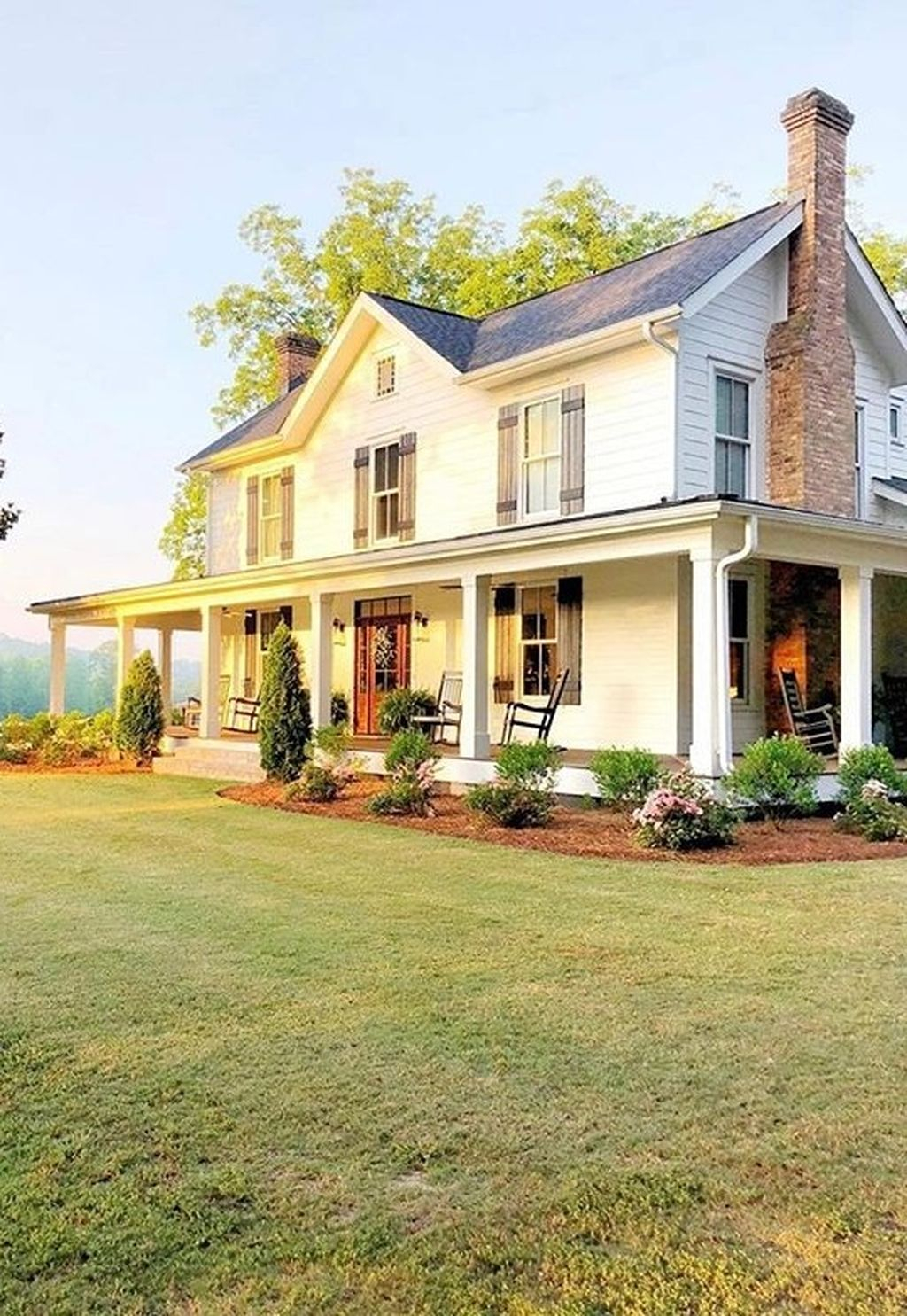 Captivating Farmhouse Exterior House Design Ideas To Copy Right Now 12