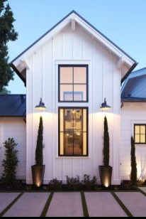 Captivating Farmhouse Exterior House Design Ideas To Copy Right Now 32