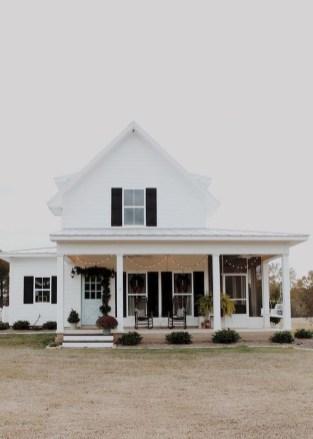 Captivating Farmhouse Exterior House Design Ideas To Copy Right Now 34