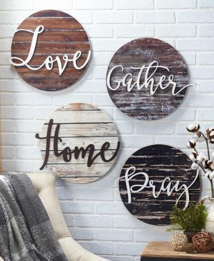 Casual Diy Farmhouse Wall Decorations Ideas On A Budget 41