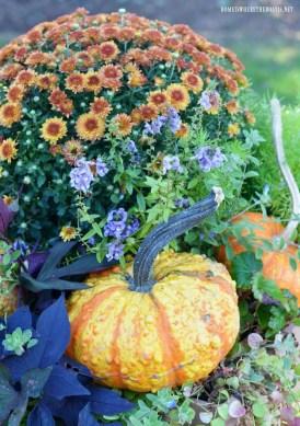 Chic Summer Planter Design Ideas For Summer Outdoor Pool 17