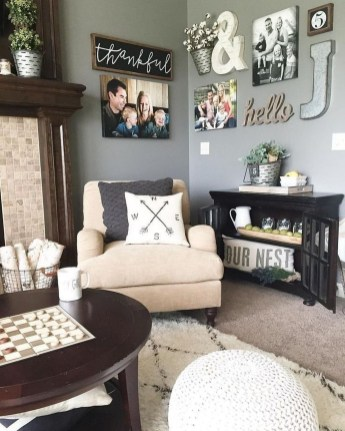 Comfy Farmhouse Living Room Decor Ideas That Make You Feel In Village 26
