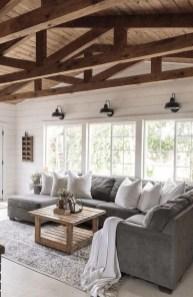 Cozy Farmhouse Home Decor Ideas To Get A Past Impression 05