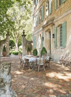 Dreamy French Home Decoration Ideas To Try In Your Home 19