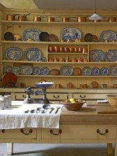 Fascinating Kitchen Design Ideas With Victorian Style 10
