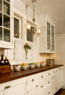 Fascinating Kitchen Design Ideas With Victorian Style 13