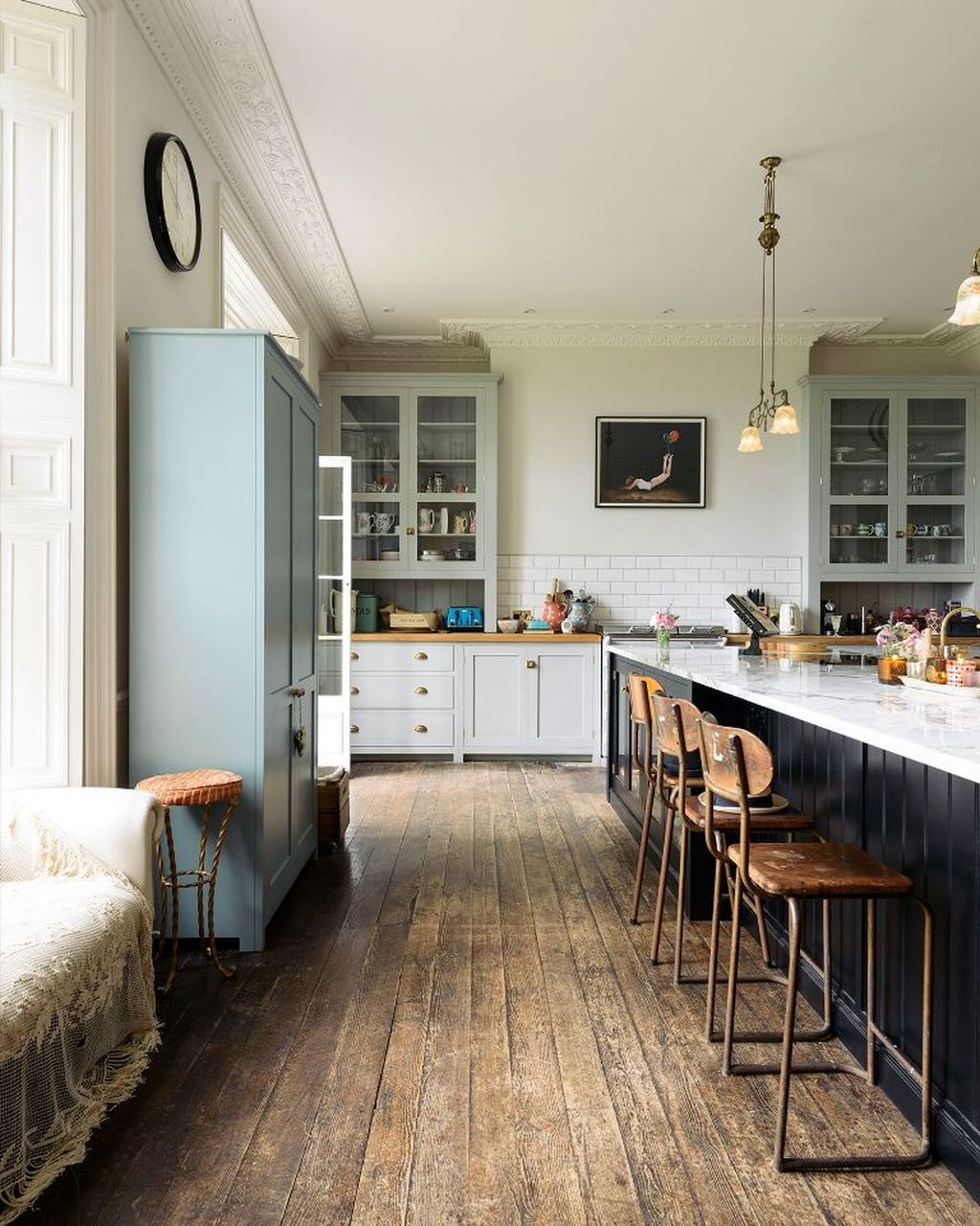 Fascinating Kitchen Design Ideas With Victorian Style 21