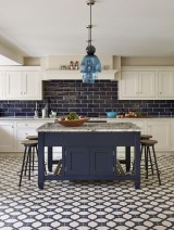 Fascinating Kitchen Design Ideas With Victorian Style 23