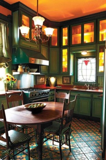 Fascinating Kitchen Design Ideas With Victorian Style 33