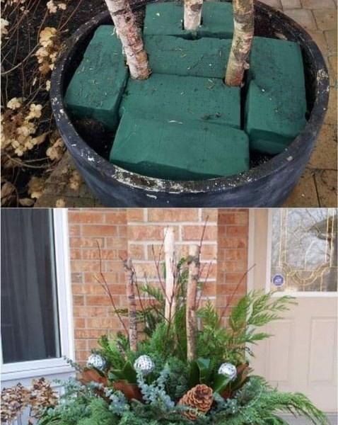 Impressive Summer Planter Design Ideas For Front Yard Decoration 38