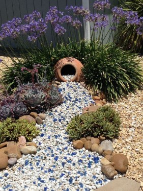 Inexpensive Diy Garden Landscaping Ideas On A Budget To Try 24